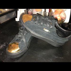 Women's Puma shoes
